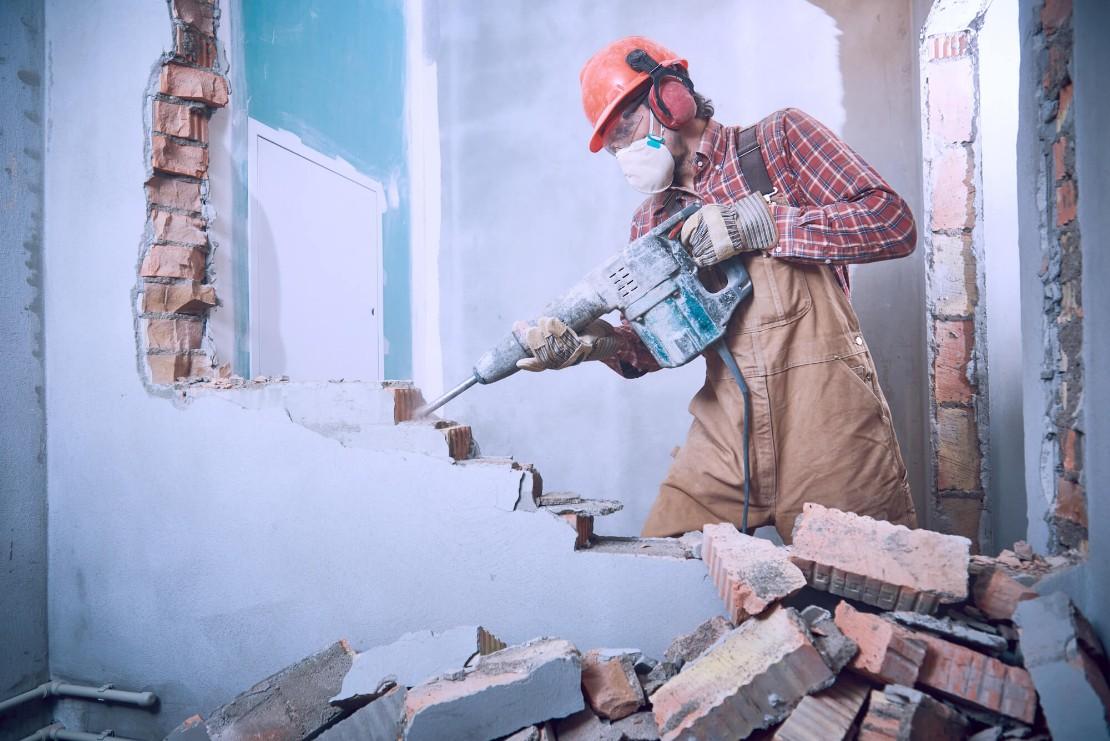 демонтажные работы стены